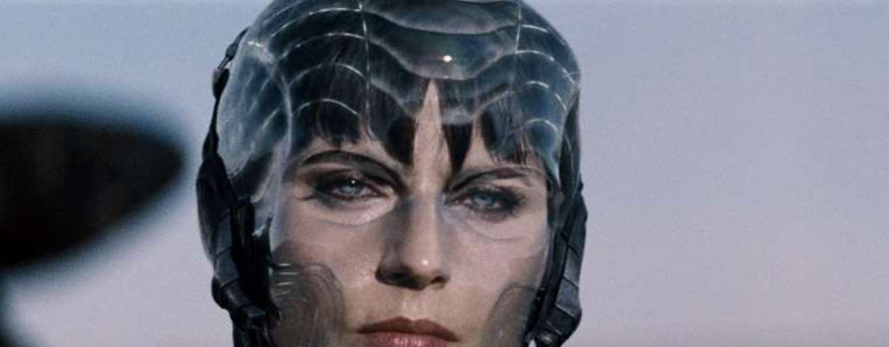 Antje Traue le dará vida a la implacable socia del General Zod, Faora. Este es el primer gran papel de la actriz alemana en Hollywood, en 2009 ya había hecho su primer trabajo en 'Pandorum' junto a Dennis Quaid y Ben Foster