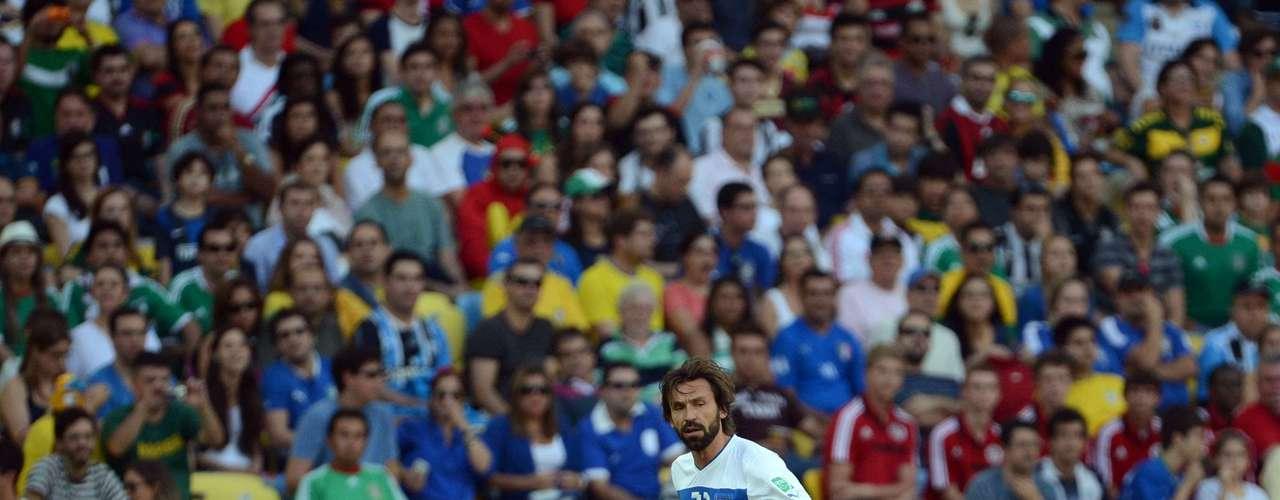 Pirlo mostró su calidad y técnica en el terreno de juego.