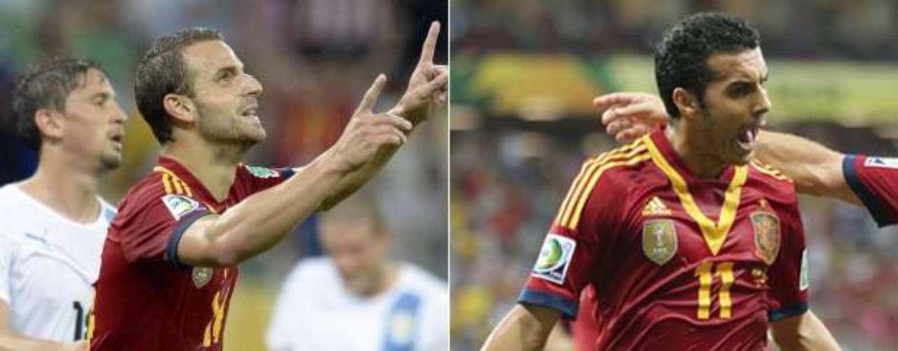 España regresó al sendero de la gloria del fútbol mundial y derrotó 2-0 a Uruguay en la Copa Confederaciones 2013, en un duelo en el que varias figuras de la Roja se convirtieron en las estrellas del partido.
