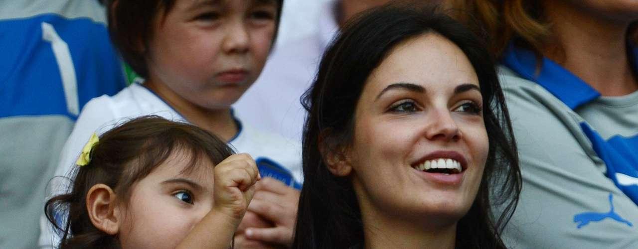 La actriz italiana Michela Quattrociocche, de 24 años, es novia del centrocampista Alberto Aquilani.