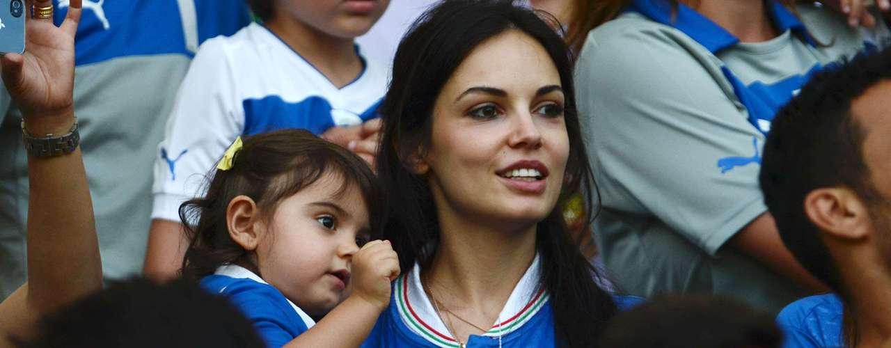 La actriz y el futbolista tienen una hija de tres años, Aurora, que también estuvo presente en el Maracaná.
