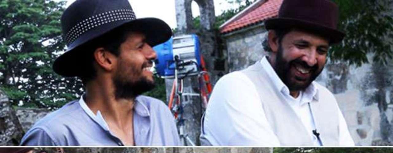 Como dos buenos amigos, entre risas y con buena vibra, se reunieron Robi Draco Rosa y Juan Luis Guerra para filmar el video \