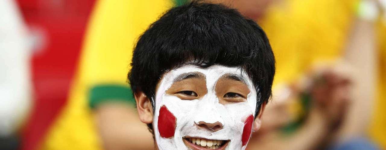 Italianos y japoneses aprovecharon el partido de la Copa Confederaciones para mostrar su cara más divertida en la Arena Pernambuco.