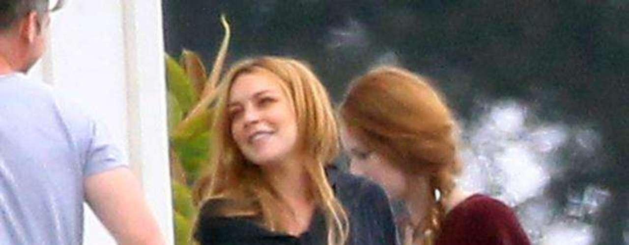 Lindsay Lohan fue vista en varias ocasiones conviviendo con sus compañeros de 'rehab' donde al final cumplió con su tratamiento