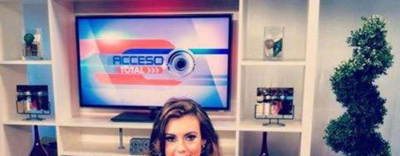 Durante su paso por los medios ha concedido algunas entrevistas y respondiendo a todas las inquietudes en relación a su título, sus aspiraciones y el significado de ser Miss USA 2013.