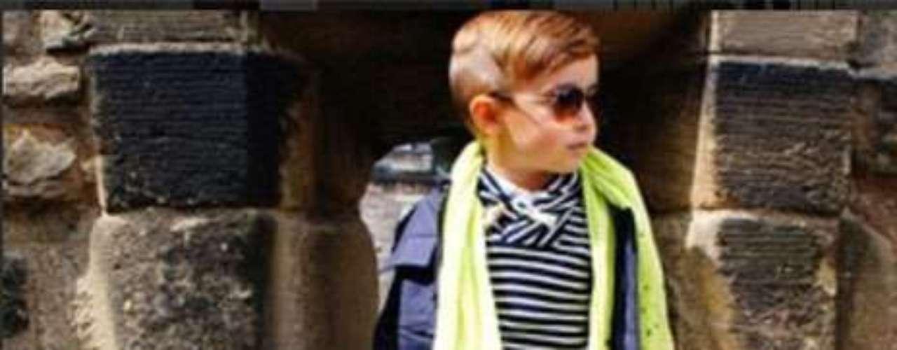 La madre de Alonso Mateo le ha compartido a su hijo la pasión por la moda.