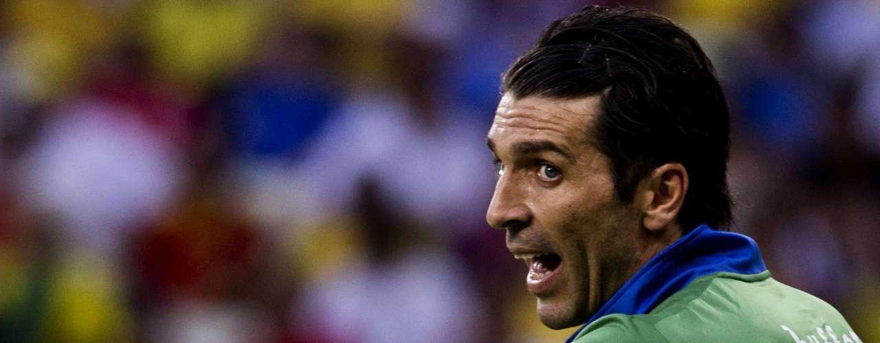 A pesar de nos ser protagonista durante los 90 minutos, Buffon detuvo todo lo que le llegó.