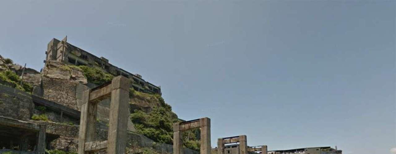 En Skyfall, la isla es usada por Bardem como centro neurológico para los ataques a Londres.