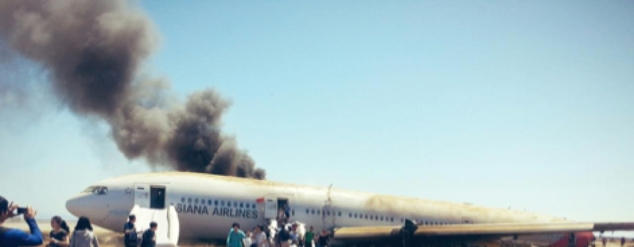 El 6 de julio, un Boeing 777, de la empresa coreana Asiana Airlines, se estrelló mientras aterrizaba en el aeropuerto de San Francisco, Estados Unidos. El 11 de julio, Cinco personas resultaron lesionadas en un choque doble provocado por agentes de la Policía Ministerial que circulaban a exceso de velocidad en el estado mexicano de Chihuahua.