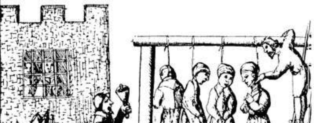 A lo largo de la historia el clítoris ha sido víctima de prejuicios. En la época de la caza de brujas un clítoris grande era considerado la marca del diablo.