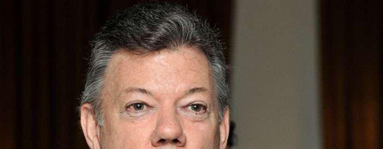 9.- Colombia, presidente Juan Manuel Santos. El 56% de los colombianos considera que la corrupción se ha elevado en los dos últimos años.