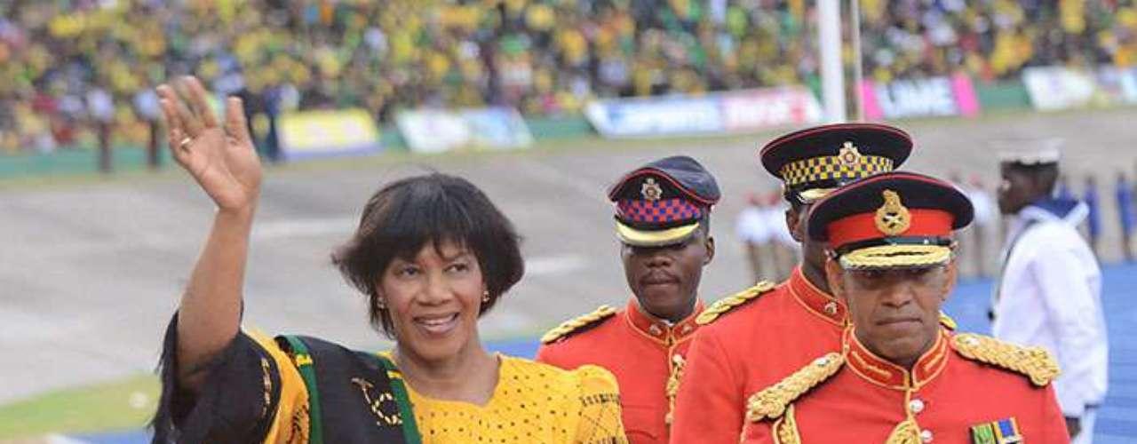 4.- Jamaica, primer ministro Portia Simpson-Miller. Un 62% de los jamaicanos considera que la corrupción se ha elevado en los dos últimos años.