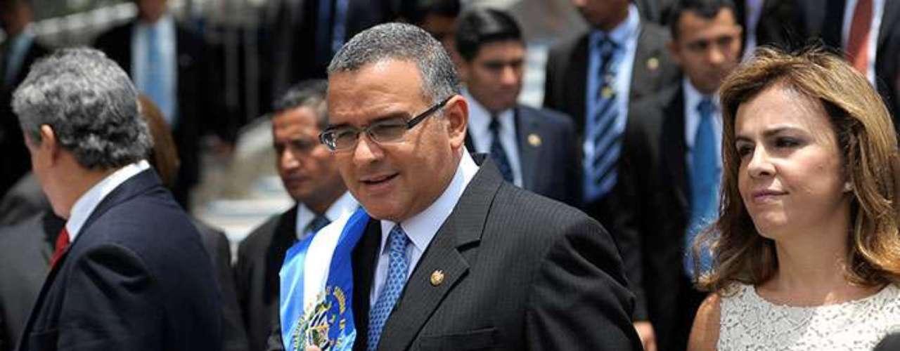 10.- El Salvador, presidente Mauricio Funes. El 54% de los salvadoreños considera que la corrupción se ha elevado en los dos últimos años.