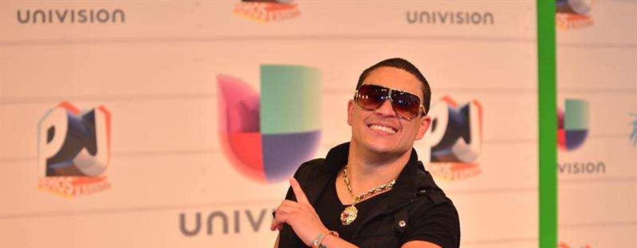 El cantante cubano de reguetón Osmani 'La Voz'García sólo quería pasarla bien y al parecerlo lo logró desde su llegada