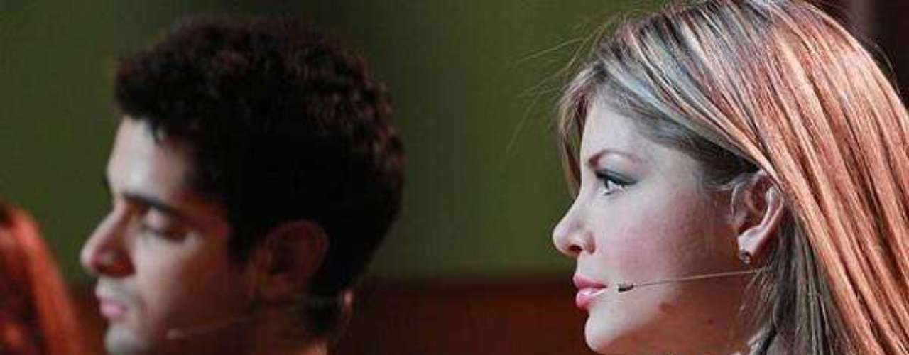 Angélica Jaramillo se dedicó a su carrera musical una vez salió de Protagonistas de Nuestra Tele 2012, donde ocupó el segundo lugar. Además, participó en la versión chilena del programa 'Mundos Opuestos'.