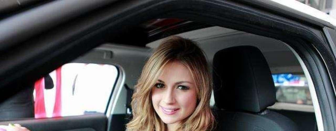 Sara Uribe fue ganadora de la quinta temporada de 'Protagonistas de Nuestra Tele'. Aparte de continuar con su carrera como modelo, ingresó al equipo de presentadoras del programa 'Estilo RCN'.