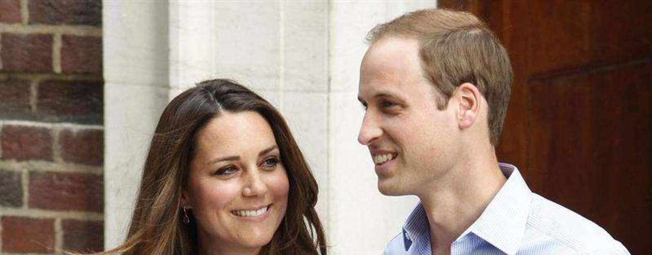 El pequeño es el tercer bisnieto de la reina Isabel II, quien ha afirmado estar \