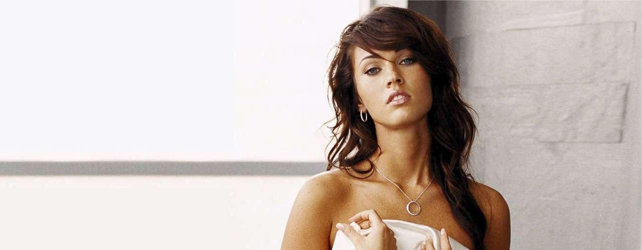 En los inicios de su trayectoria se hizo llamar Megan Denise Fox. Después recortó su nombre profesional.