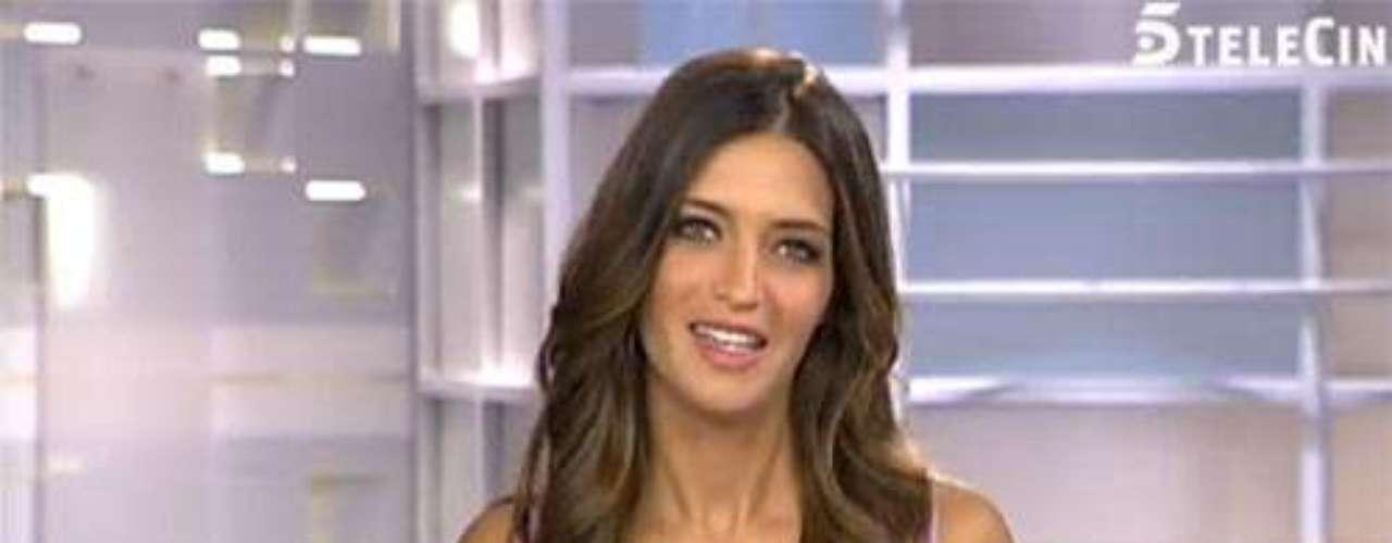 La periodista deportiva Sara Carboner y esposa del portero de la selección española de fútbol Iker Casillas, anunciaron que estaban esperando su primer hijo