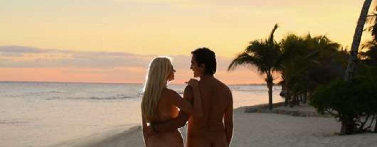 Hidden Beach Resort, Caribe, México. Este hotel todo incluido se ubica en la Riviera Maya y cuenta con 42 suites con vista al mar. Los huéspedes pueden asolearse, nadar, comer y participar en diversas actividades recreativas sin necesidad de usar prendas. Cuenta con un lujoso spa a la orilla del mar.