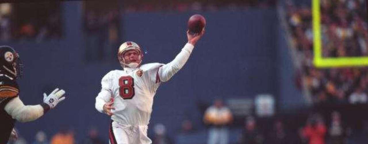 La posición de mayor responsabilidad en la NFL es la de quarterback y uno de los más ganadores en el fútbol americano es el zurdo Steve Young, quien llevó a ganar en tres ocasiones el Super Bowl a los 49s de San Francisco. Es dueño del récord de la mayor cantidad de pases de anotación en un juego de campeonato con seis. Los 49s le rindieron un merecido homenaje al retirar el número 8 de su jersey.