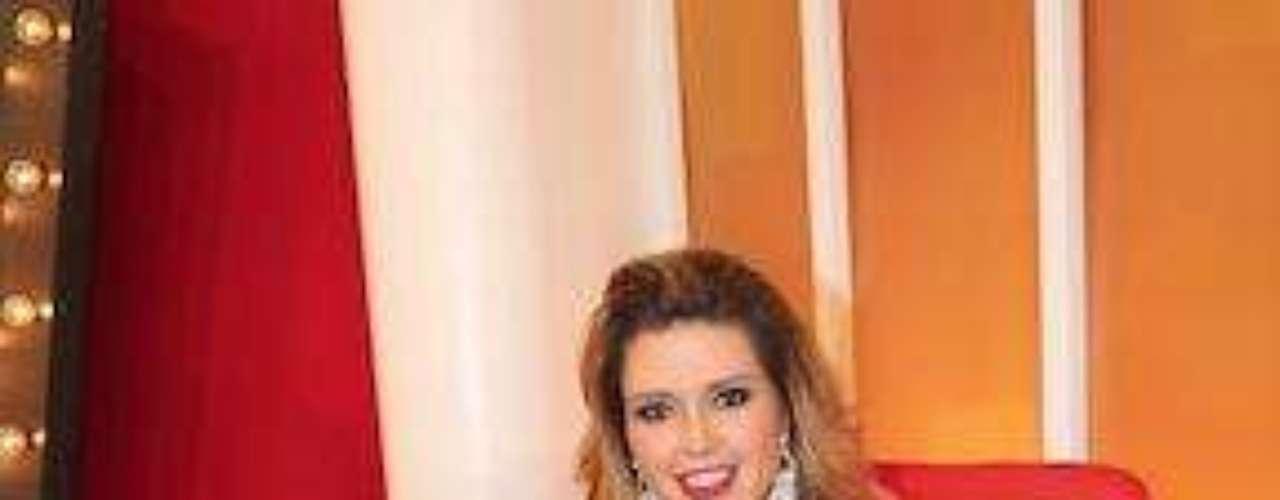 A bueno. Aaquí sí tenemos que mencionar que la propia ex Miss Universo, Alicia Machado, ha confesado tener un genio de aquellos y que es por eso que los hombres no le duran. Osea, que no le dan la talla.Las curvi-mamacitas de las novelasActrices de novela: ¿De quién es esta gran 'pechonalidad'?Los 50 rostros más bellos de las telenovelasEstrellas de novela que se han desnudado en Playboy
