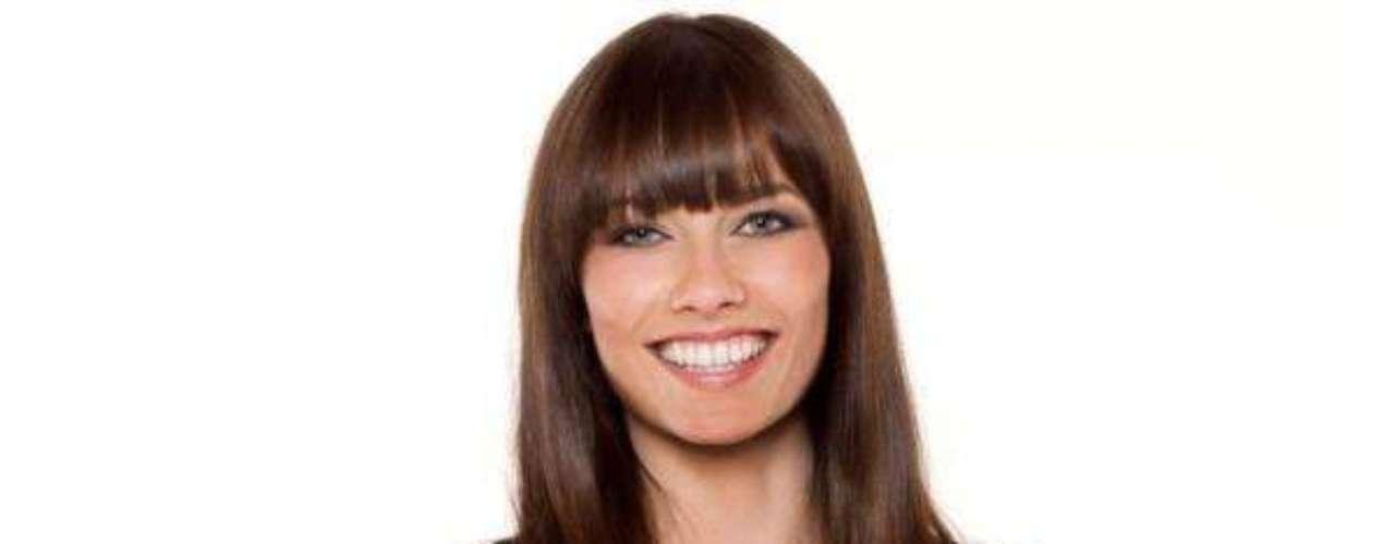Miss Austria - Ena Kadi. Tiene 23 años de edad y mide 1.76 metros de estatura. Reside en Innsbruck.