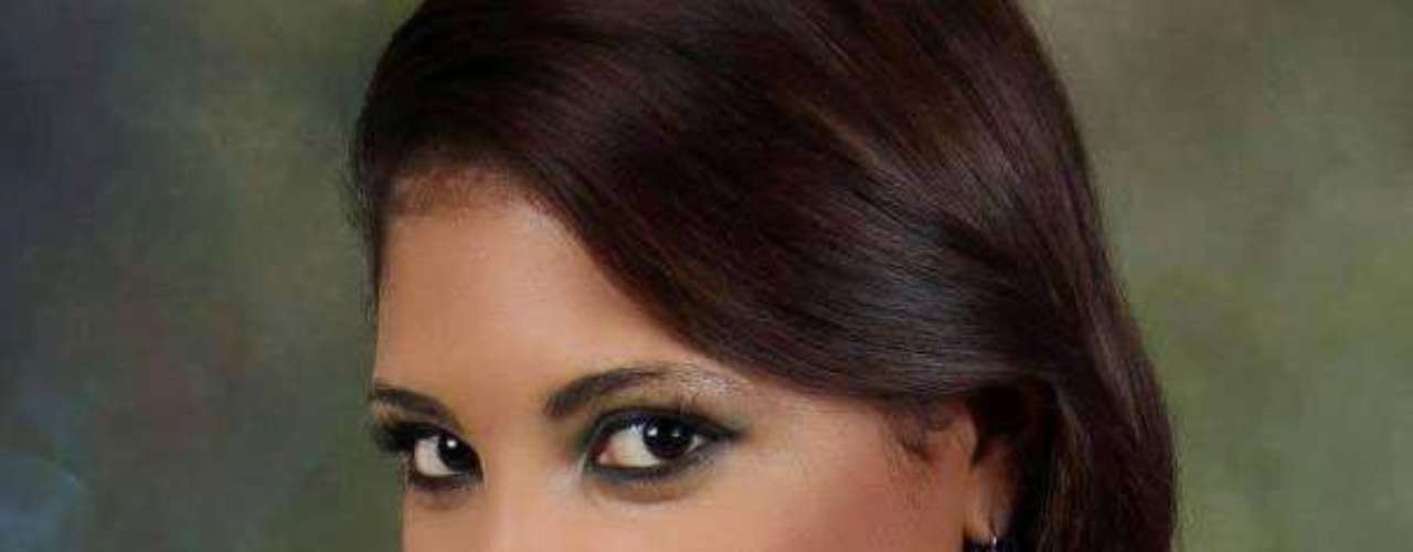 Miss Nicaragua - Luz Mery Decena Rivera. Tiene 23 años de edad, mide 1.70 metros de estatura y reside en Managua.