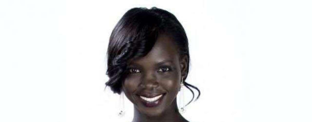 Miss Sudán del Sur - Manuela Mogga Matong. Tiene 21 años de edad, mide 1.65 metros de estatura, reside en Juba