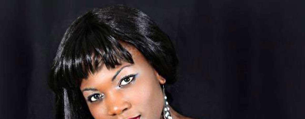 Miss Zambia - Christine Mwaaba. Tiene 24 años de edad, mide 1.71 metros de estatura y residede en Lusaka