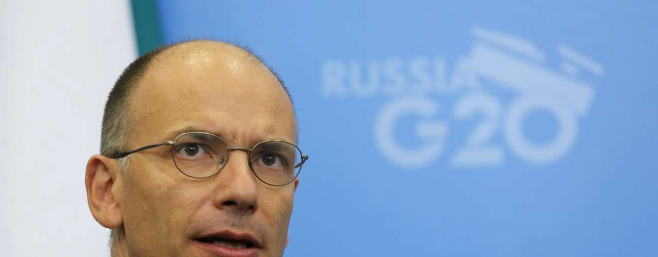 Italy's Prime Minister Enrico Letta attends a meeting with Russia's President Vladimir Putin (not pictured) at the G20 Summit in Strelna near St. Petersburg September 5, 2013. REUTERS/Dmitry Lovetsky/Pool (RUSSIA - Tags: POLITICS BUSINESS HEADSHOT)