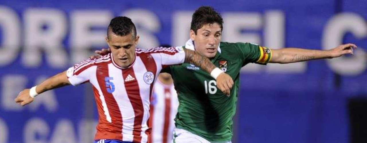 Paraguay goleó 4-0 a Bolivia, en duelo entre las dos peores selecciones de la Conmebol.