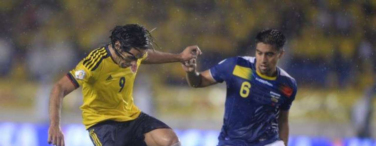 Radamel Falcao no estuvo atinado, jugó con una ligera lesión, tuvo algunas opciones y falló en la definición.