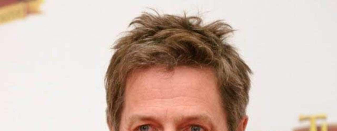 Hugh Grant: El actor británico pasó uno de los más grandes escándalos de Hollywood cuando fue hallado por la policía en su auto con una prostituta travesti. Grant estaba casado con la actriz Elizabeth Hurley.