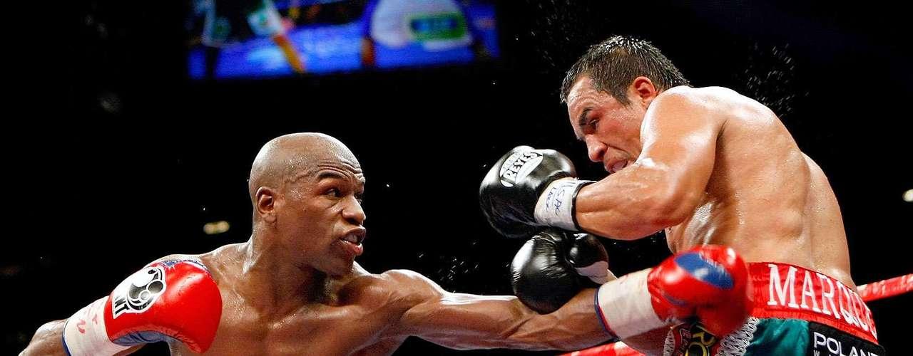 Septiembre 19, 2009: Juan Manuel Márquez. Ganó 25 millones de dólares. DU. Referee: Tony Weeks | Juez: Burt A. Clements 120-107 | Juez: Dave Moretti 119-108 | Juez: Bill Lerch 118-109.