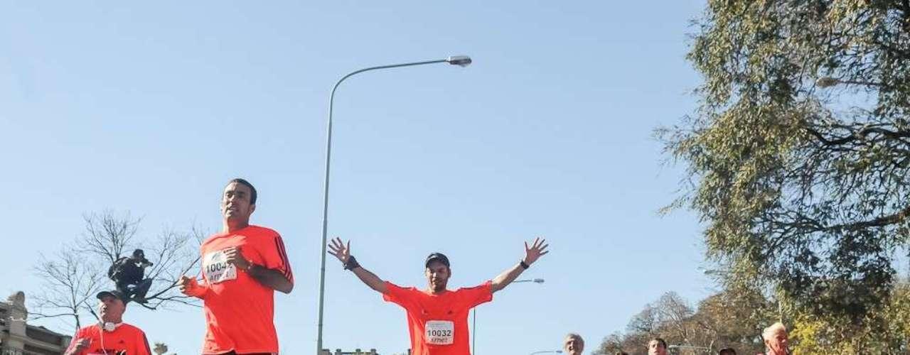 Desde Figueroa Alcorta y La Pampa, más de 17.000 corredores sintieron varias sensaciones en los 21K de Buenos Aires