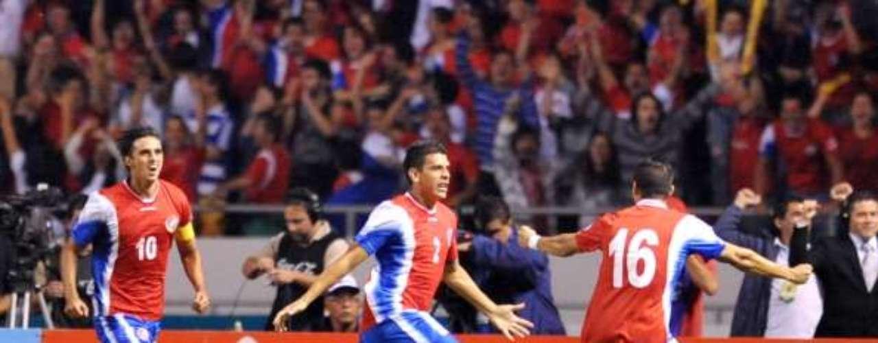 COSTA RICA: Amarró uno de los tres cupos directos de la Concacaf luego de igualar con Jamaica.