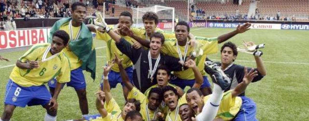Brasil fue el primer campeón de la especialidad en ganar tres ediciones del certamen (1997, 1999 y 2003).