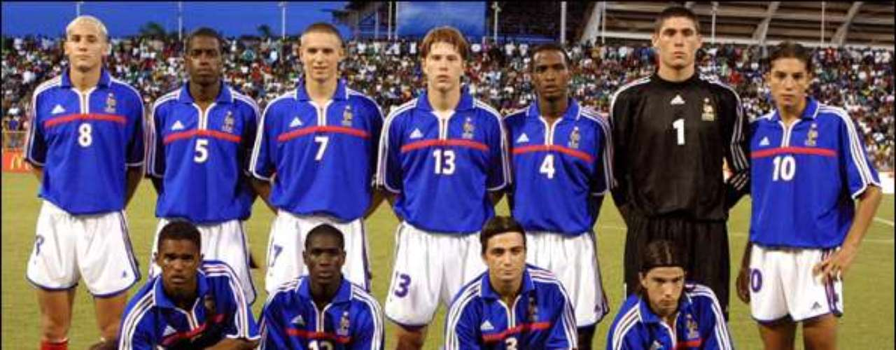 En Trinidad y Tobgo 2001, Francia inscribió su nombre a la lista de los campeones.