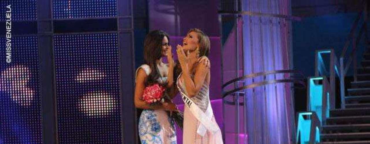 Michelle Marie Bertolini Araque representante de Guárico se corona como Miss Venezuela International para 2014. Tiene 18 años de edad, mide 1,80 metros de estatura y su ciudad natal es Caracas.