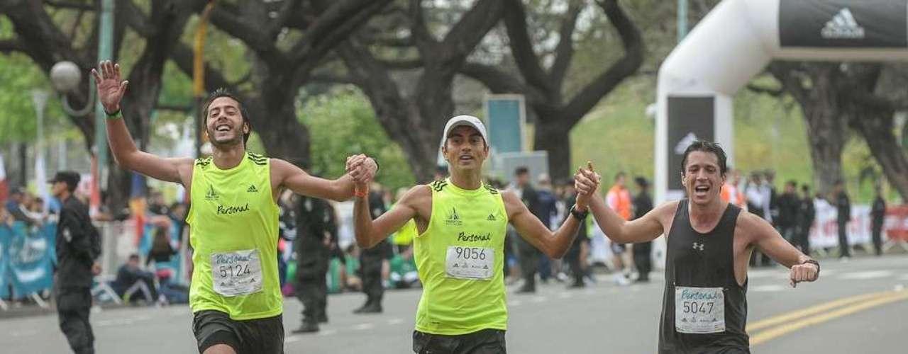 La carrera comenzó a las 7.30 desde Avenida Figueroa Alcorta y Monroe con más de 9.100 participantes.