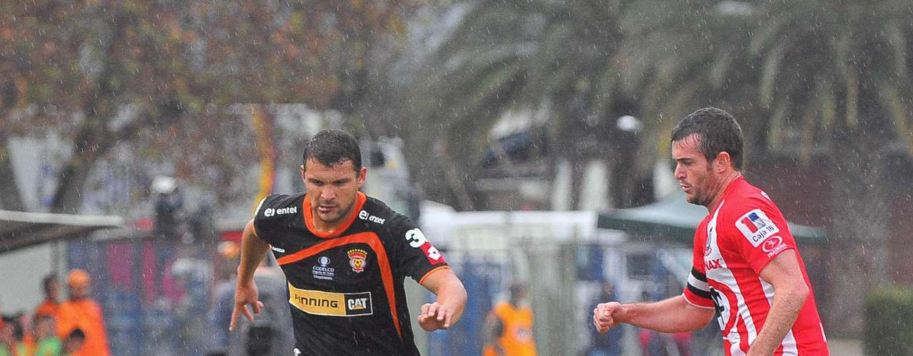 COBRELOA vs LA CALERA, Estadio Calama, 16:00 horas.