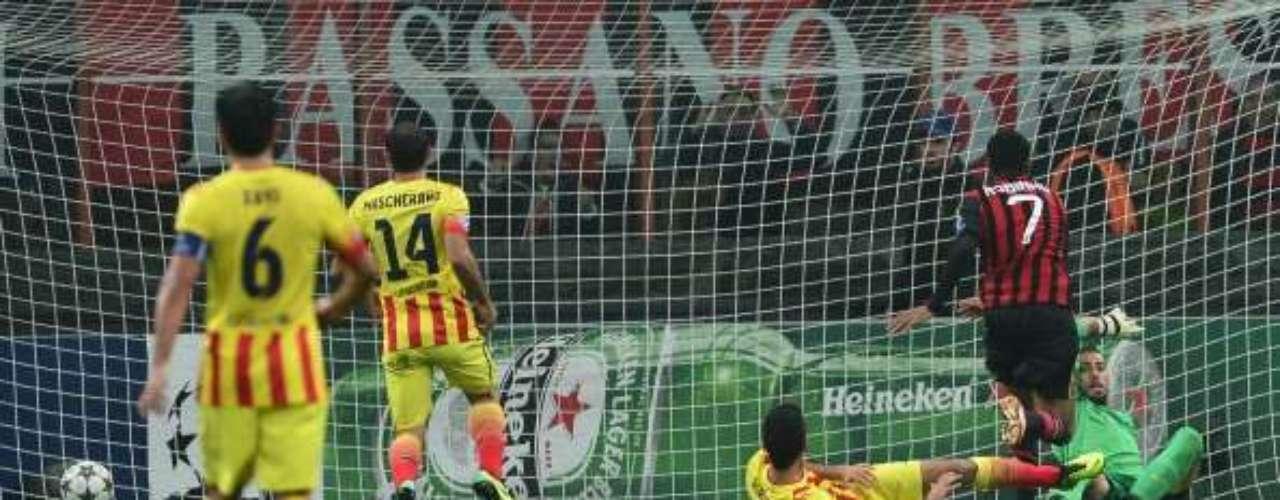 Robinho hizo el 1-0 tras una gran combinación con Kaka'