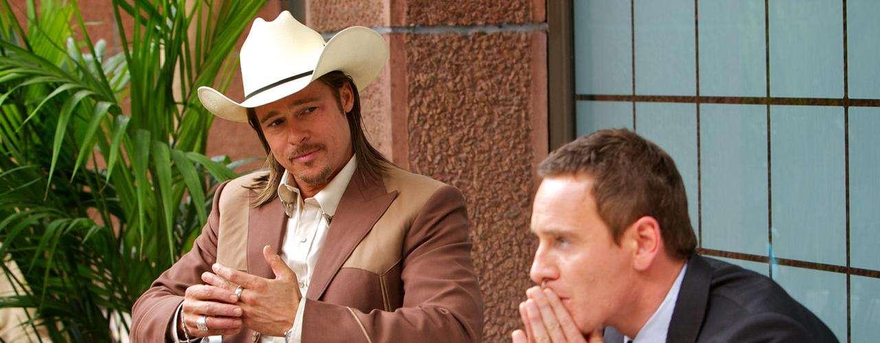 Brad Pitt interpreta a 'Westray',es un 'donjuán' sin remordimientos, que amenaza con encabezar la ruina de el abogado. (Michael Fassbender).