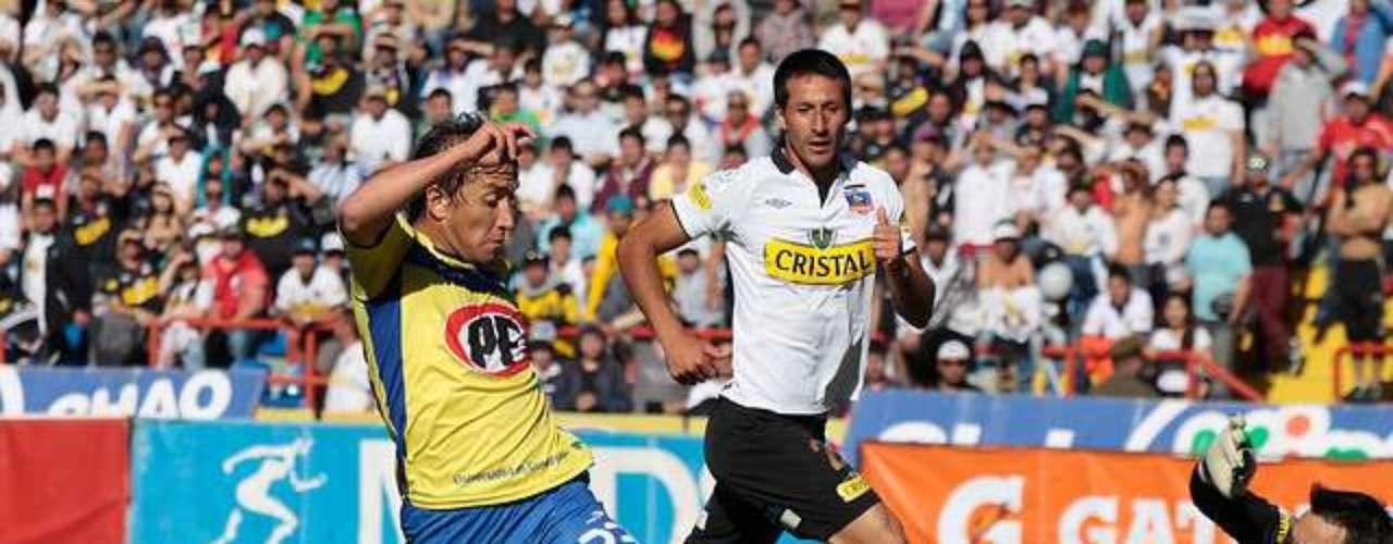 GABRIEL VARGAS: El goleador de la Universidad de Concepción podría continuar su carrera en el extranjero, ya que Pumas de México lo tiene entre sus alternativas de fichaje en ataque. Ya sumóa Ismael Sosa (UC).