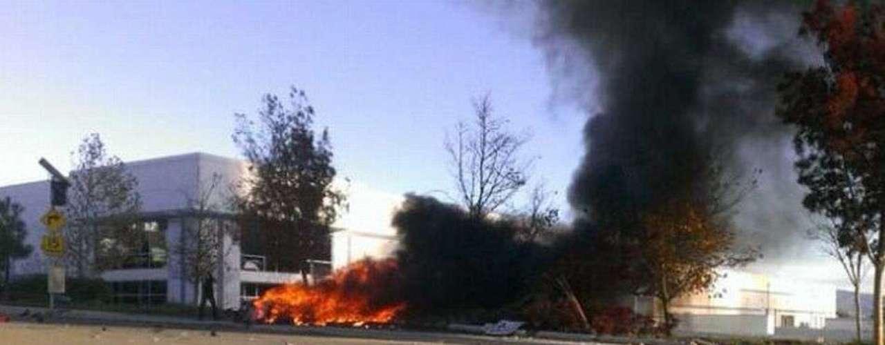 Según el departamento de Policía del condado de Los Ángeles, el accidente tuvo lugar en torno a las 15:30 hora local.
