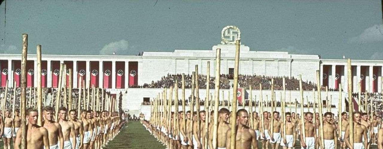 Deportes practicados por los jóvenes durante el Tercer Reich.