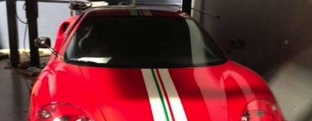 El Ferrari 360 Challenge Stradale de Paul Walker. Este Ferrari de 400 Hp hubiera sido una excelente selección en rápidos y furiosos, lamentablemente nunca lo incluyeron.