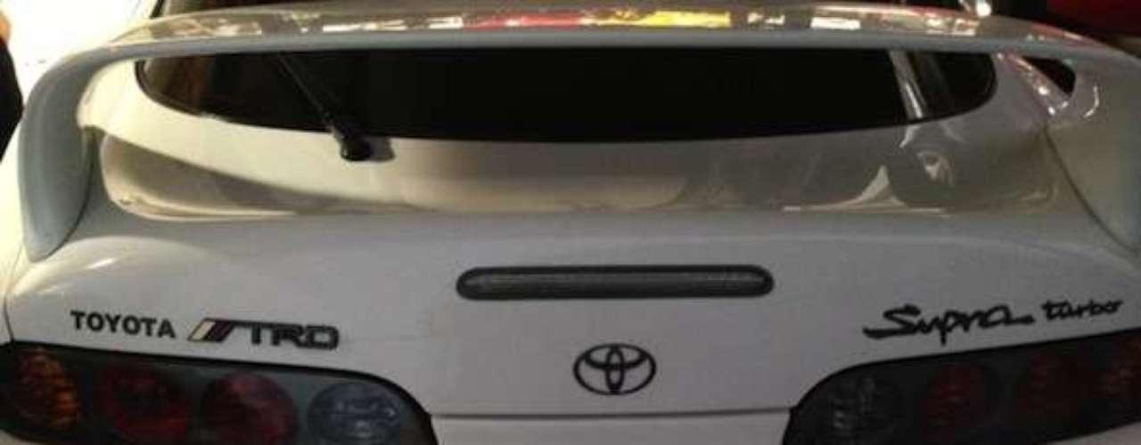 El Toyota Supra de Paul Walker. De manera similar a su personaje en FF, Paul contaba con un Toyota Supra, aunque un poco más sutil.