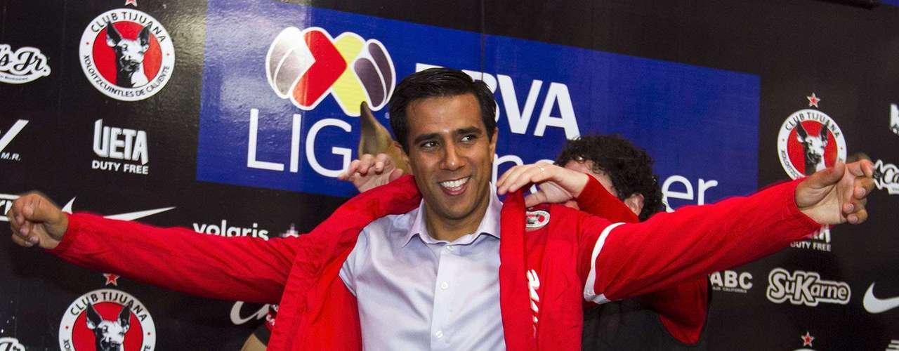 El venezolano César Farías fue presentadocomo nuevo entrenador de los Xolos de Tijuana.